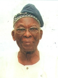 CHIEF DR E.O. AKINSETE